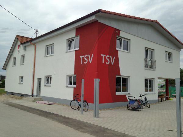 Umkleidegebäude am Sportplatz